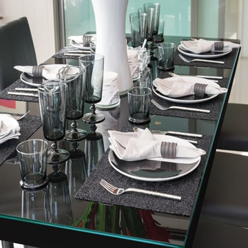 About Our Custom Glass Table Top Covers
